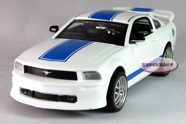 Free shipping--1:32 Ford Mustang GT sports car / acousto-optic edition alloy model car/ alloy model car/ puzzle toy/hot kid toy