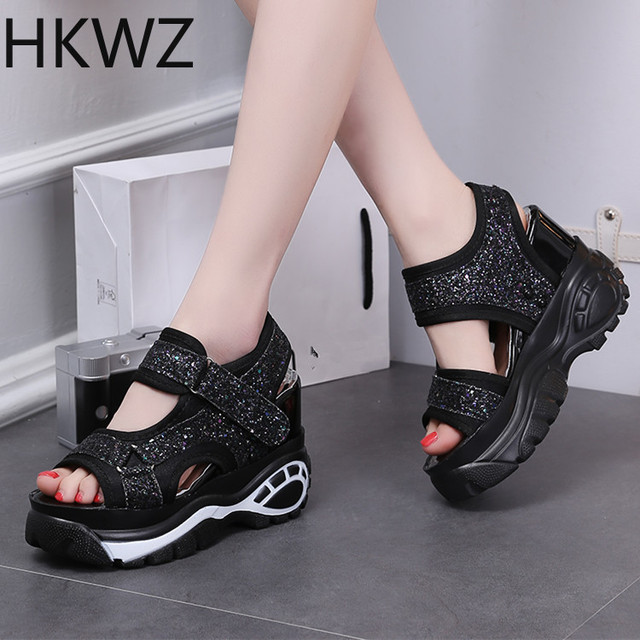 2019 summer brand new wild muffin thick-soled sequins sandals fish mouth fashion wild high-heeled 10cm sports Roman sandalsH0114
