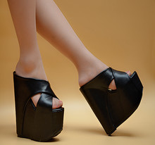 17 cm hochhackigen Pantoffeln Sommer Mode Dame Sandalen und Hausschuhe dick mit Fischkopf Schuhe wasserdicht Sandalen weiblichen unten