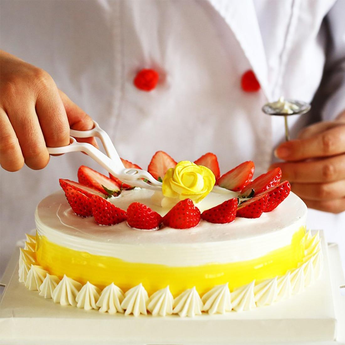 Useful 1Set Baking Tools Decorating Kit Scissor Nail Scissors Cream Flower Cu