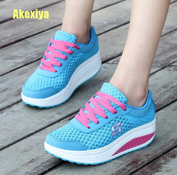 Akexiya 2018 Casual Women's Shoes Platform Flats Lady Beauty Sewing Fitness Shoe New Trendy Health Wedges Sneakers Size 35-40 candy color slimming wedges casual shoes women platform shoes autumn trendy health lady beauty swing fitness shoes increasing