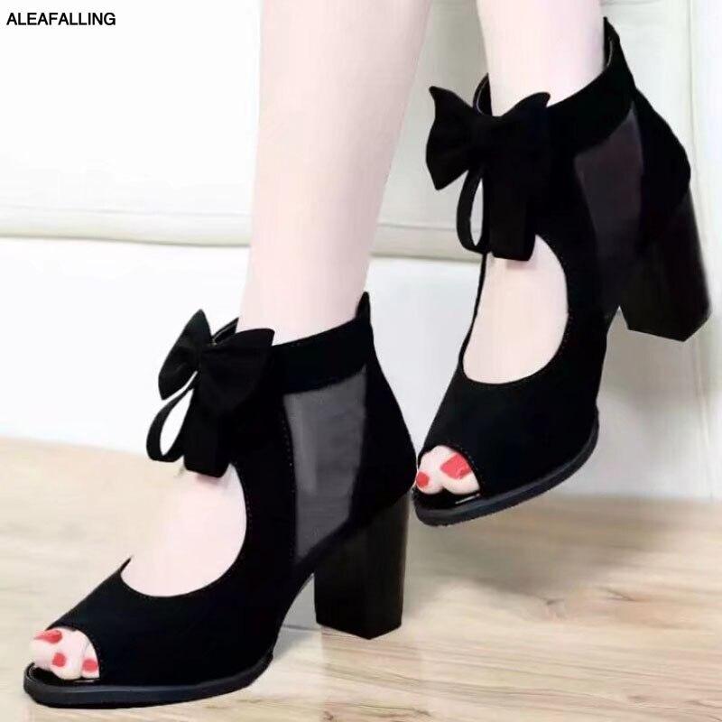 100% QualitäT Aleafalling Frauen Sandalen Zapatos Schuhe Ankle Strap Heels Flock Sommer Schuhe Frauen Offene Spitze Chunky Heels Party Sandalen 35- 40