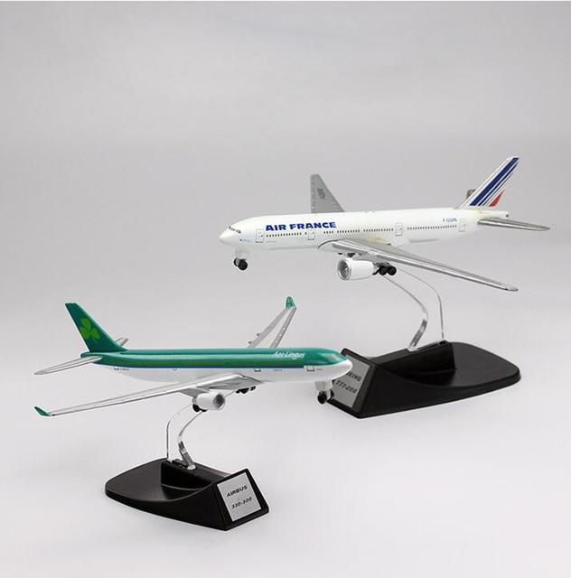 Spielzeug Flugzeug Metall