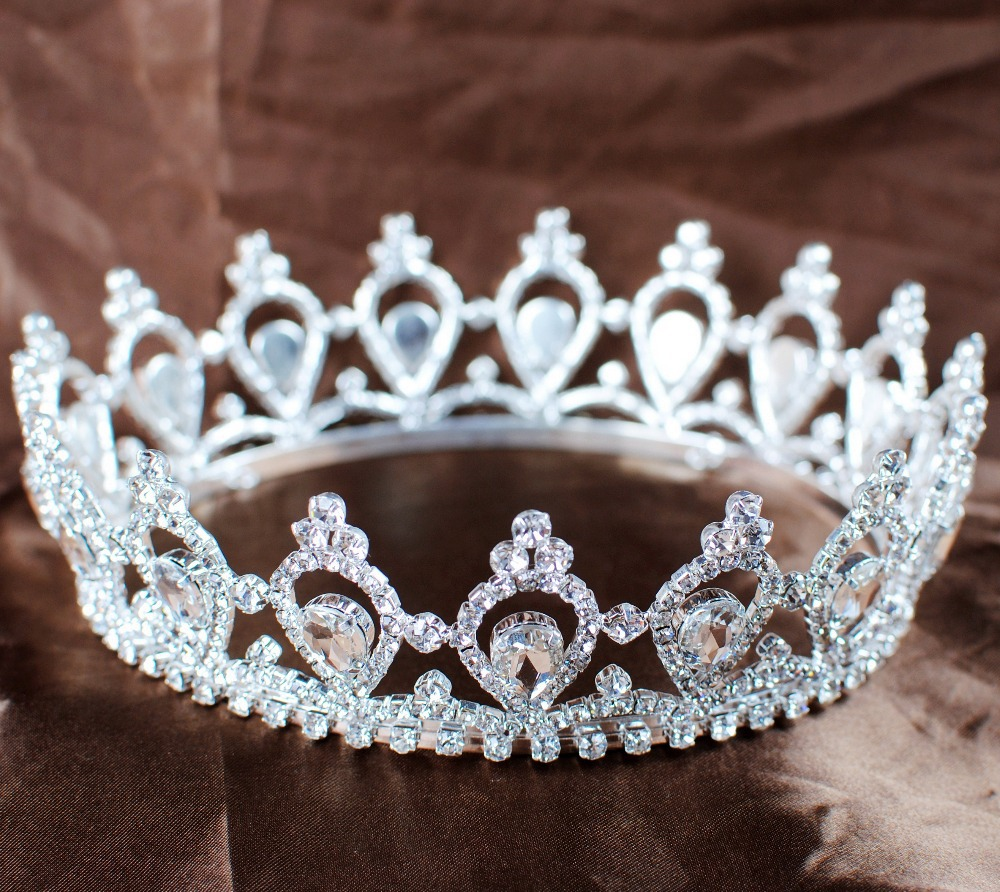 Aliexpress com buy luxurious queen princess crowns full circle round tiaras rhinestones crystal wedding bridal pageant prom party headbands from reliable
