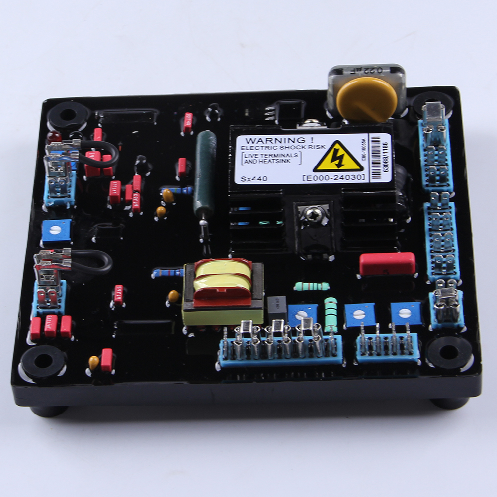 Avr régulateur de tension automatique régulateur de tension AVR 20kva 25kva monophasé 3 phases SX440 ac alternateur stabilisateur de courant