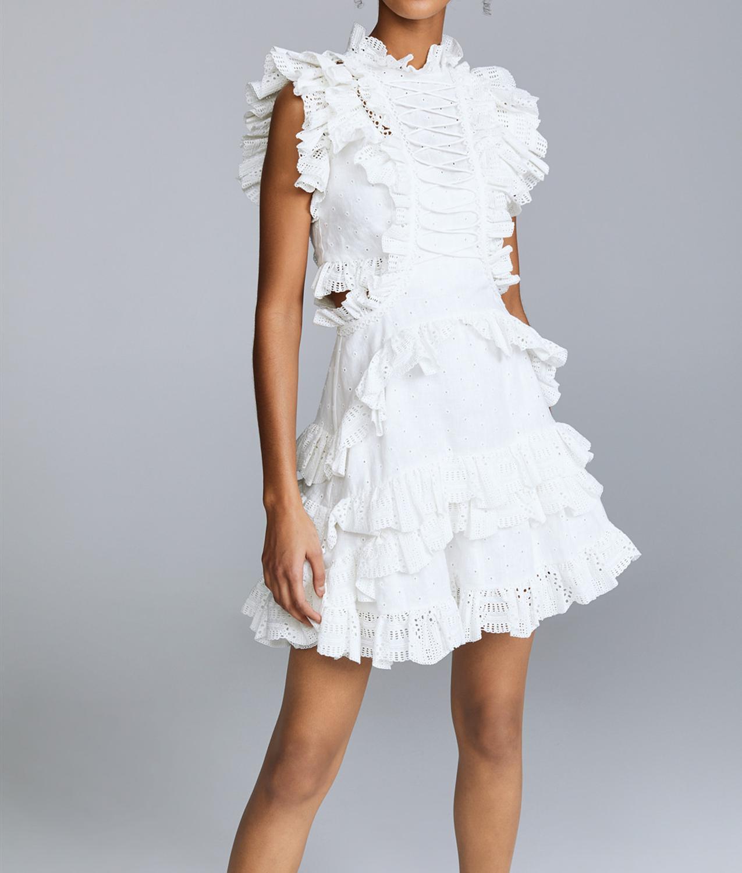 Kadın Giyim'ten Elbiseler'de 2019 yaz kadın Beyaz içi boş dantel bağlı elbise yüksek yaka tatil elbisesi'da  Grup 1