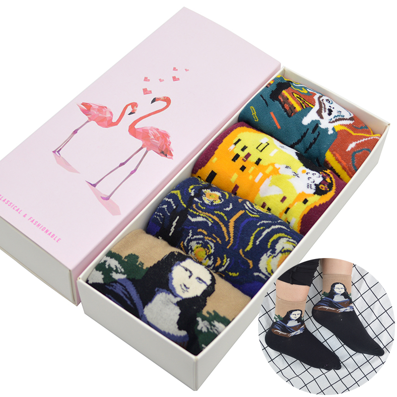 4 Pair/set Abstract Famous Oil Painting Art Women   Socks   Scream/Kiss/Starry Night/Mona Lisa Funny Women Crew   Socks   with Gift Box