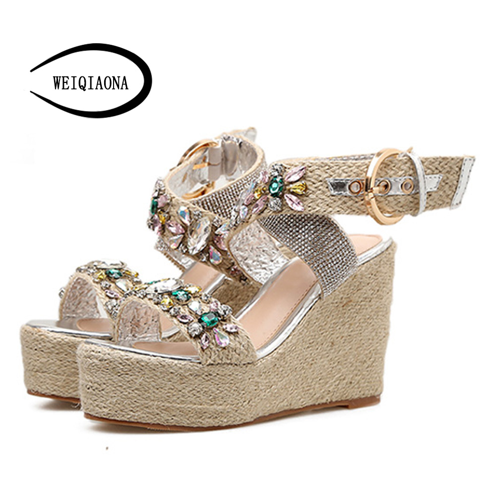 WEIQIAONA 2018 New Hot Sale Fashion Summer Women Luxury crystal Sandals High Waterproof Platform Expose Toe Sexy Casual shose