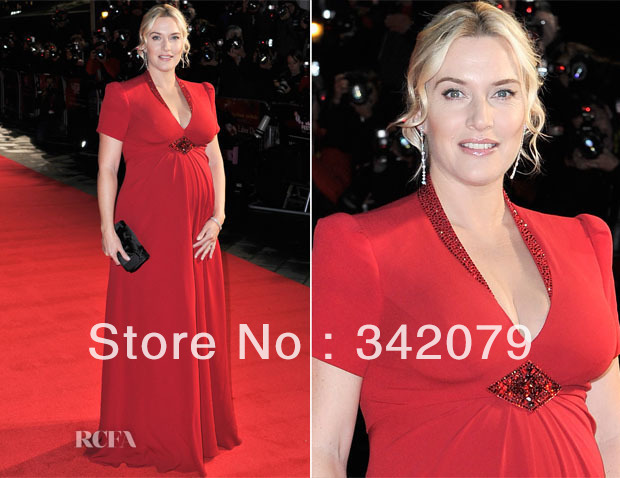 Ph12117 Kate Winslet A Bespoke Scarlet Short Sleeve Gown Maternity