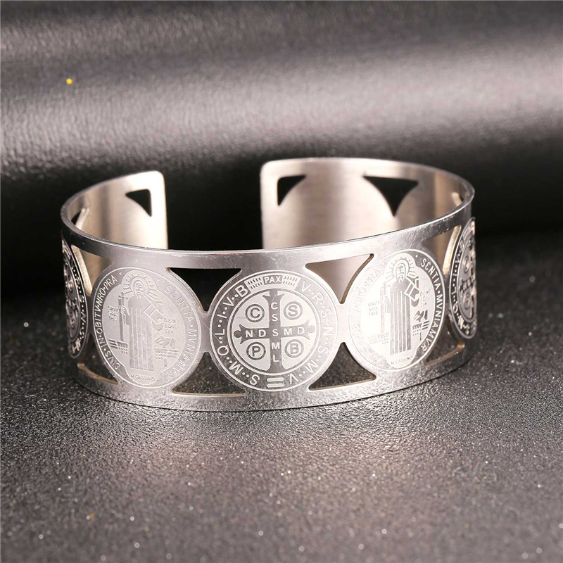 Collare Saint Benedict Medal Bangles 316L Stainless Steel Men Jewelry Gold Color St Benedict Medal Cuff Bracelets Women H162 11