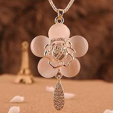 Long Roses Cat 's Necklace Fashion New Sweater Chains Pendants