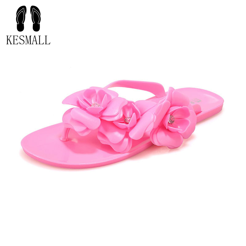 New Fashion Womens Camellia Flower Jelly Flat Sandals Ladies Sexy T Strap Summer Beach Slippers Shoes Black Beige Flip FlopsWS13 the new summer women camellia plastic jelly shoes sandals flat bottom beach shoes