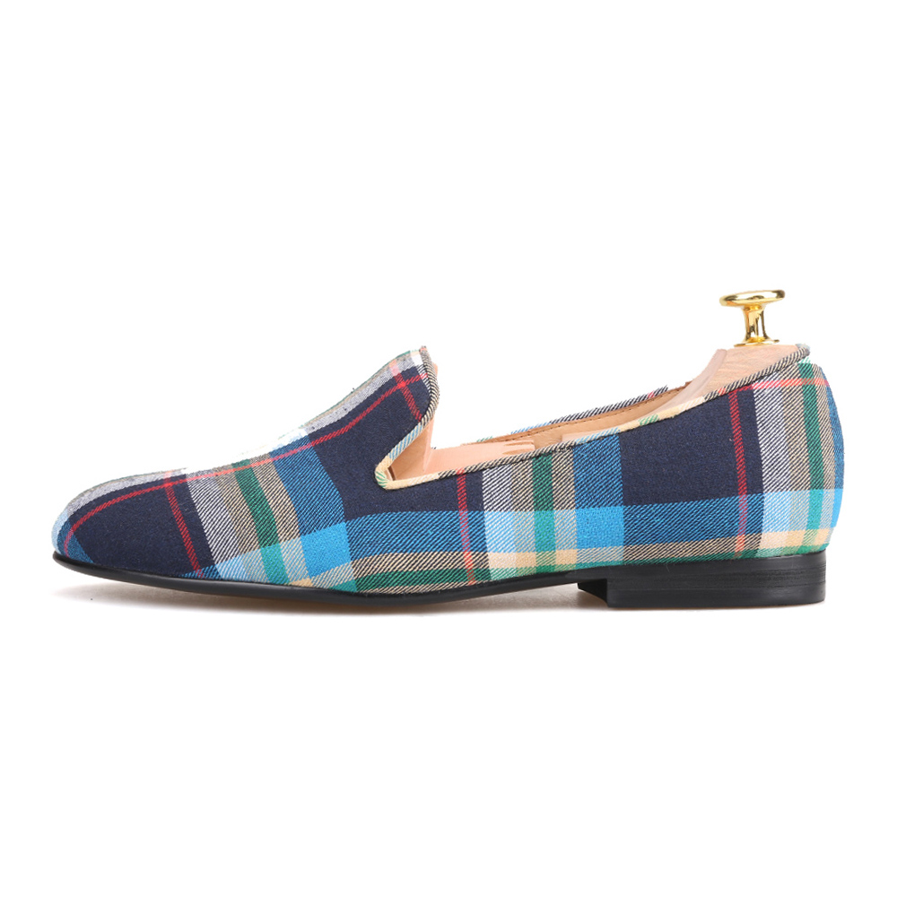 Piergitar 2018 new arrival Couple models handmade women canvas shoes  fashion party and wedding women s loafers female flats-in Women s Flats  from Shoes on ... 76f51f519737