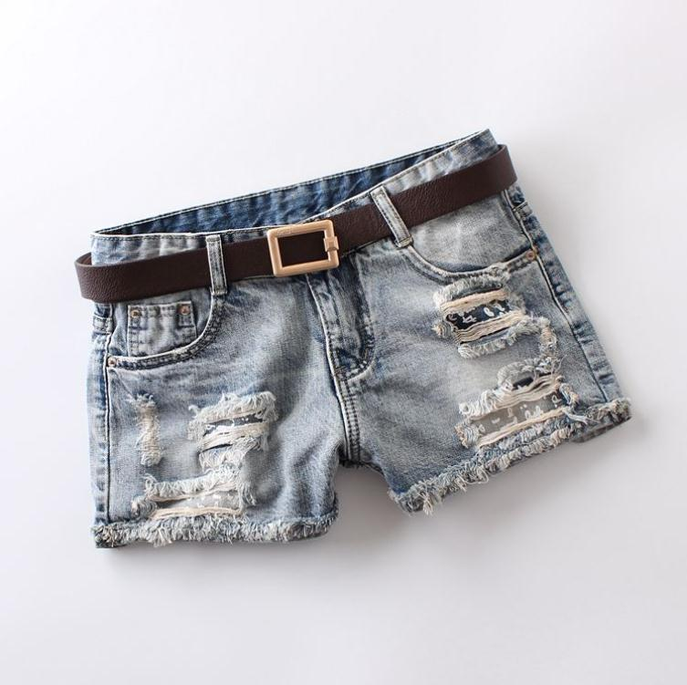 2019 Newest Womens Summer Denim Shorts Mid Waist Ripped Printing Vintage Bleached Wahsed Fashion Jeans Short Without Belt J2883