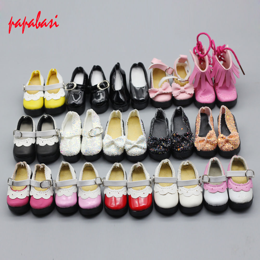 1 pair pu leather doll shoes for dolls 1/4 bjd dolls and 16 inches Sharon doll clothing accessories