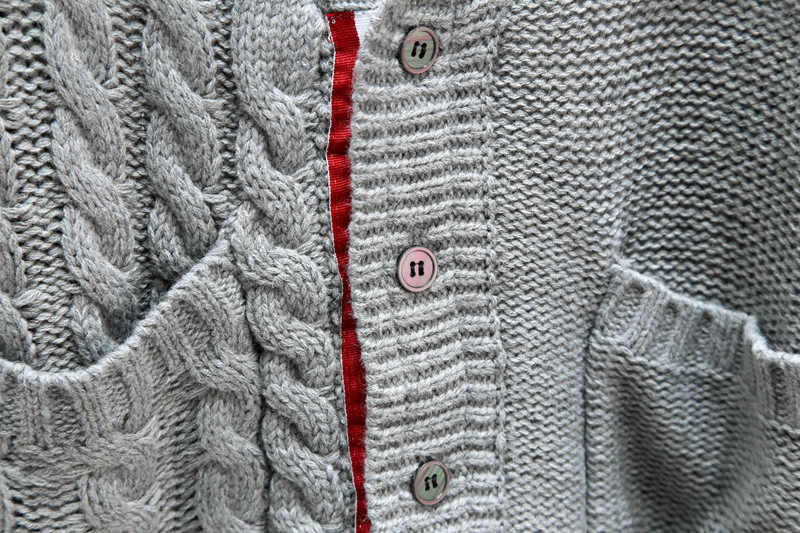 Di lusso Del Progettista di Marca Maglione Lavorato A Maglia per Le Donne Con Scollo A V Vintage Asimmetria di Lana Lavorato A Maglia Cardigan Maglione
