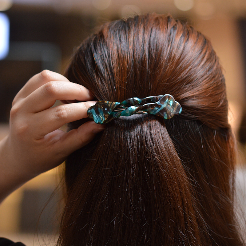 Дамски аксесоари за коса New Twist Wave Acetate Office Lady Leopard Korean Barrette Perfect Gift Vintage Hair Clip Clip for Girls