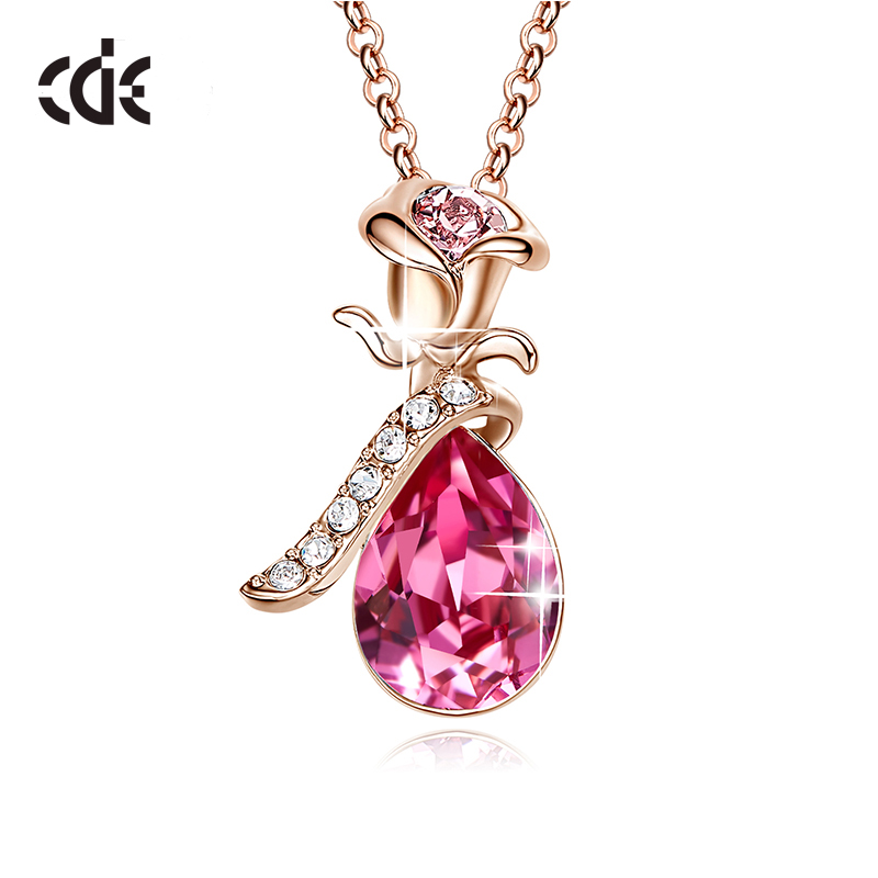 CDE Women Gold Necklace Pendant Jewelry Embellished with crystals Rose Flower Fashion Romantic Jewelry Gift image