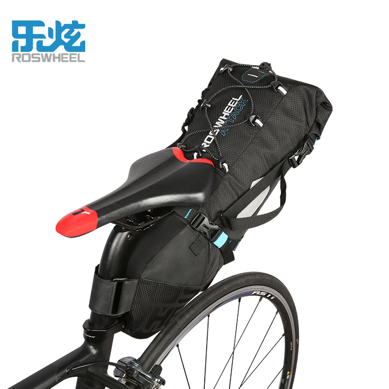 купить 2017 Roswheel Bike Bag 10L 100% Full Waterproof Road Bicycle Bag Rear MTB Seatpost Pannier Cycling Bag Cycle Bike Accessories недорого