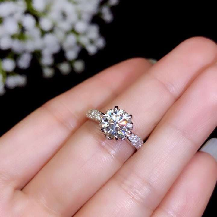 Moissanite 925 Silver fashion design strong fire color diamond high hardness 1 5ct