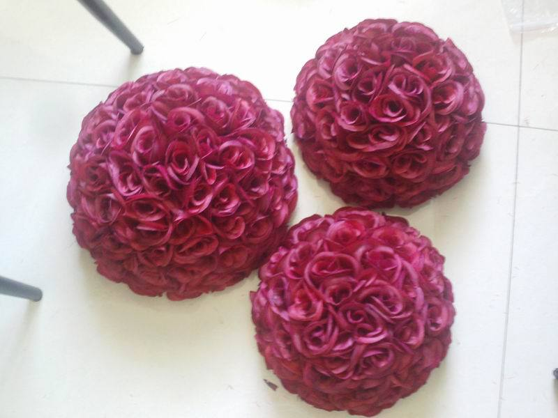 SPR 50 cm beijando bola flor de seda artificial da flor da tabela do casamento decoração de casamento flor de parede flore vermelho escuro - 2
