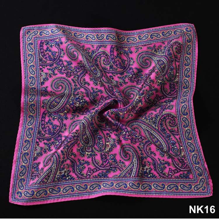 NK16 HN10K Pink Navy Blue Paisley (2)