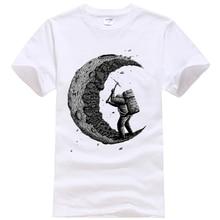 "Cool ""Digging the moon""-design men's t-shirt"