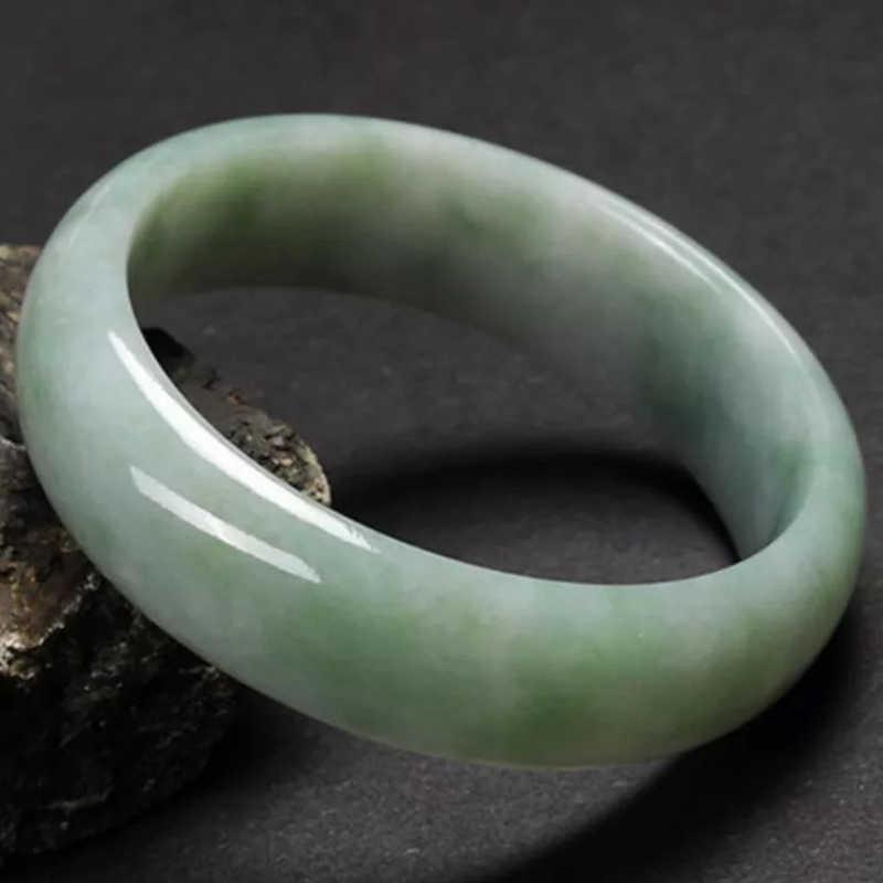 100% ธรรมชาติสีเขียวหยกสร้อยข้อมือ Lucky charm กำไลข้อมือกำไลข้อมือ 54-64 มม. เกรด AAA คุณภาพสูงหยกธรรมชาติกำไลข้อมือ