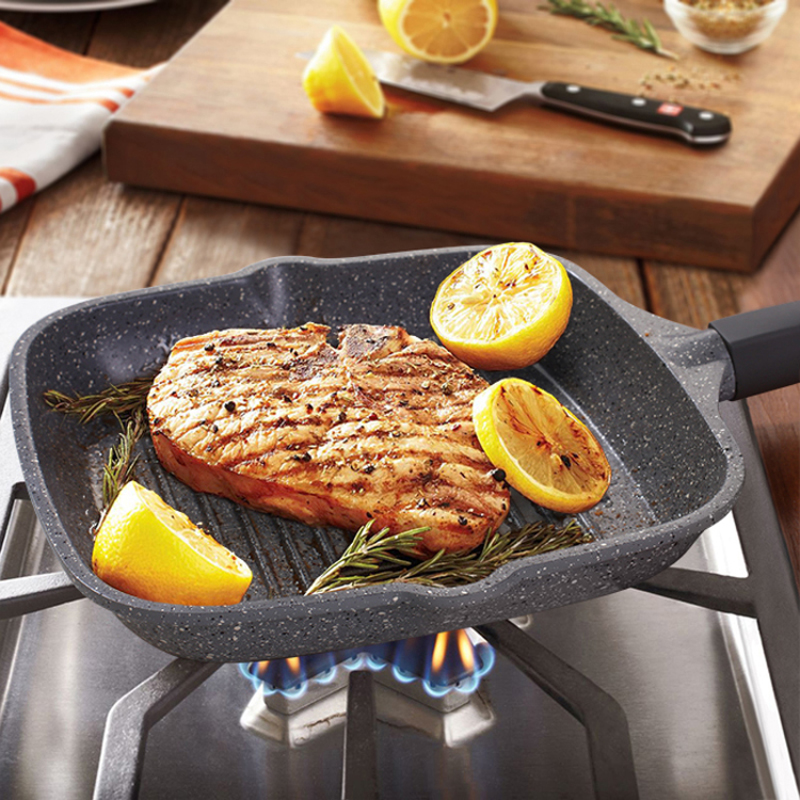 Professional kitchen appliances 24cm non-stick frying pan steak stripe smoke-free Universal frying pan