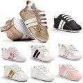 Nueva romirus mocasines bebé infantil antideslizante pu primeros caminante de suela blanda recién nacido 0-1 años de las zapatillas de deporte zapatos de marca bebé