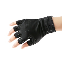 Magnetic Therapy Health Care Half Finger Gloves Elastic Anti-puffiness Skin Care Joints Black Fingerless Gloves Arthritis Relief fishsunday 1 pair magnetic therapy fingerless gloves arthritis pain relief heal joints braces supports health care tool 0718