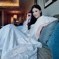 Frete Grátis das Mulheres Novas de Inverno Longo Sleepwear Robe Branco Real Rendas Princesa Camisola