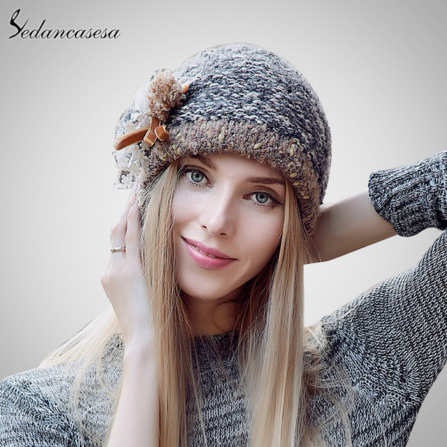 Fashion 2015 Autumn And Winter Female Hats Hot Selling The Knitting Ball Cap Hat Casual Outdoor Cap For Women AA140005