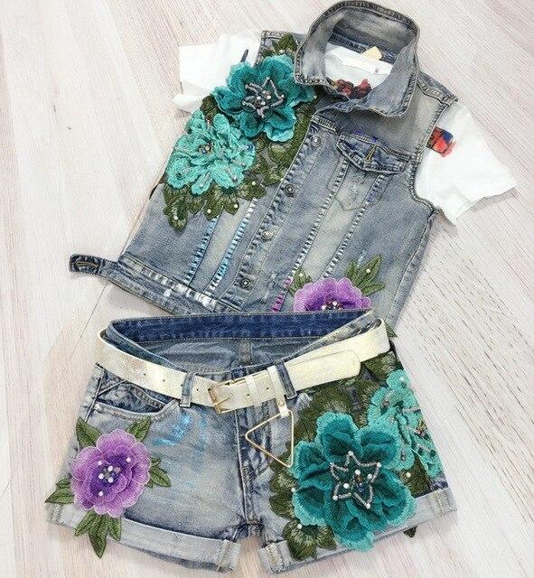 유럽 뜨거운 판매 패션 구멍 브론 징 꽃 Embroide 여성 2 개 세트 데님 조끼 + 반바지 레이디 양복 짧은 바지