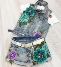 Europe Hot Sale Fashion Hole bronzing Flowers Embroide Women 2 Piece Sets Denim vest + shorts Lady The waistcoat and short pants