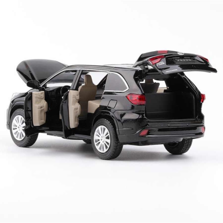 1:32 TOYOTA Highlander литья под давлением сплава модели автомобиля игрушки Высокая моделирования металла внедорожник модель 6 двери может быть открыт