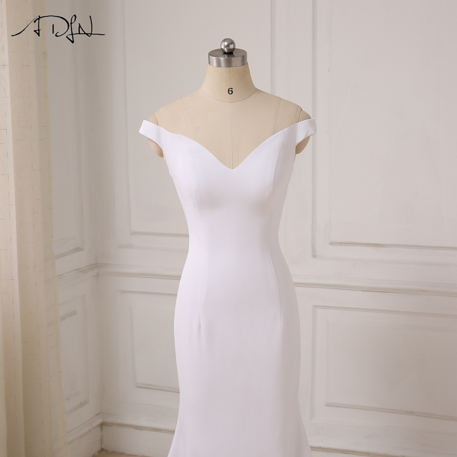 Elegant Deep V-neck Mermaid Long Evening Dress