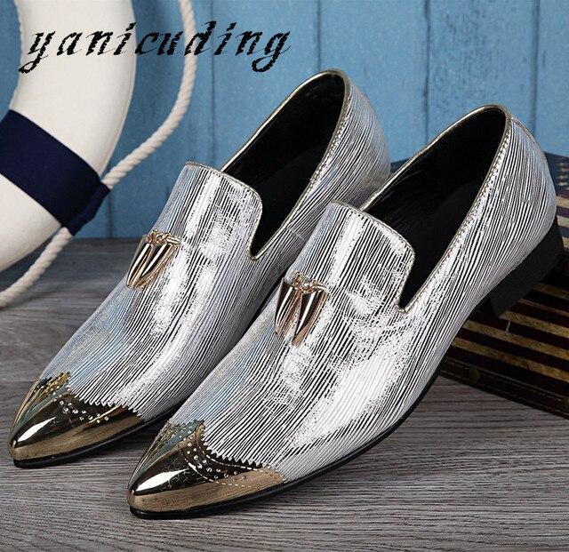 f5a807aa7 جديد أزياء معدن ديكور بلينغ جلدية اللباس حذاء رجالي وأشار اصبع القدم أحذية  الزفاف الذهب الفضة