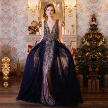 ФОТО Sexy Deep V-neck Backless Long Evening Dresses   Design Crystal Beaded Sleeveless Prom Dress Party Gown Robe De Soiree