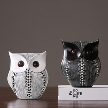 Modern Black/white Owl figurines Resin Arts and Crafts Mini Animal fairy garden miniatures Nordic Room home decoration gifts