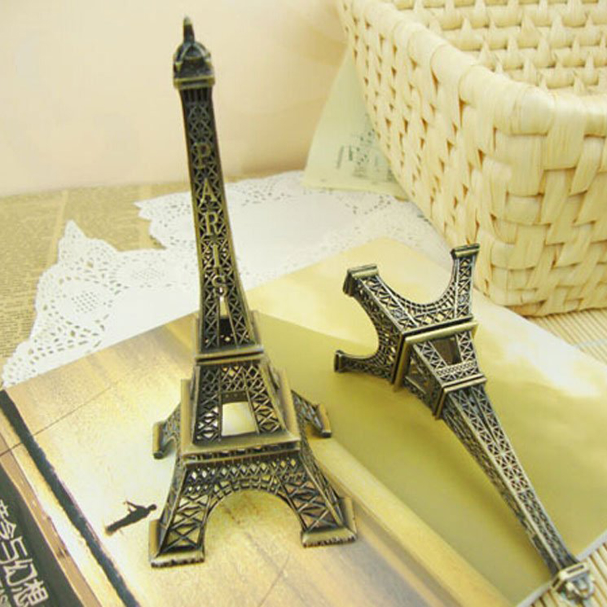 Fine Eiffel Tower Metal Wall Art Vignette - Art & Wall Decor ...