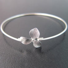 Exquisite Orchid Bangle High Quality Silver and Gold Available Bracelets Jewelry for Women YP2421(China)