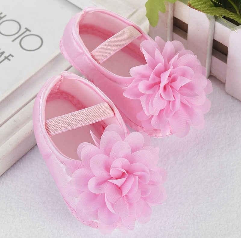 2017 Nova Marca Recém-nascidos Da Criança Infantil Do Bebê Meninas Princesa Prewalkers Berço Sapatos Macios Sole Anti-slip Flor Grande Fisrt caminhantes