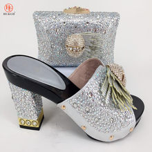 d6c4cebfe9df4 2018 Yeni İtalyan Tarzı Taklidi Gümüş ayakkabı ve çanta Set Afrika Moda  yüksek Topuklu 9 CM