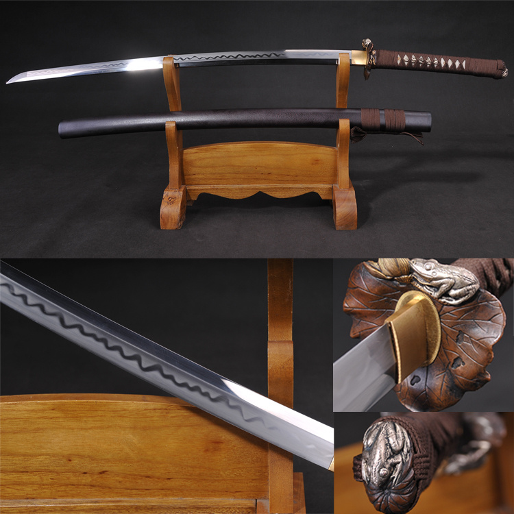 Venta caliente Full Tang Katana forjado a mano 1095 Hoja de acero al carbono templado en caliente Sharp Ready for Battle Brown Scabbard