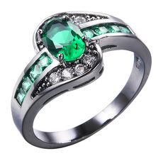 AMORUI Birthstone Wedding Ring Green AAA Cubic Zircon Black Gun Color Engagemt Rings For Women Birthday Gift Fashion Jewelry