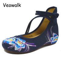 High Quality Spring Autumn Shoes Woman Fashion Chinese Casual Flats For Women Flower Embroidered Mary Janes