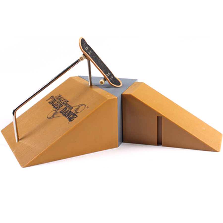popular plastic skateboard ramps