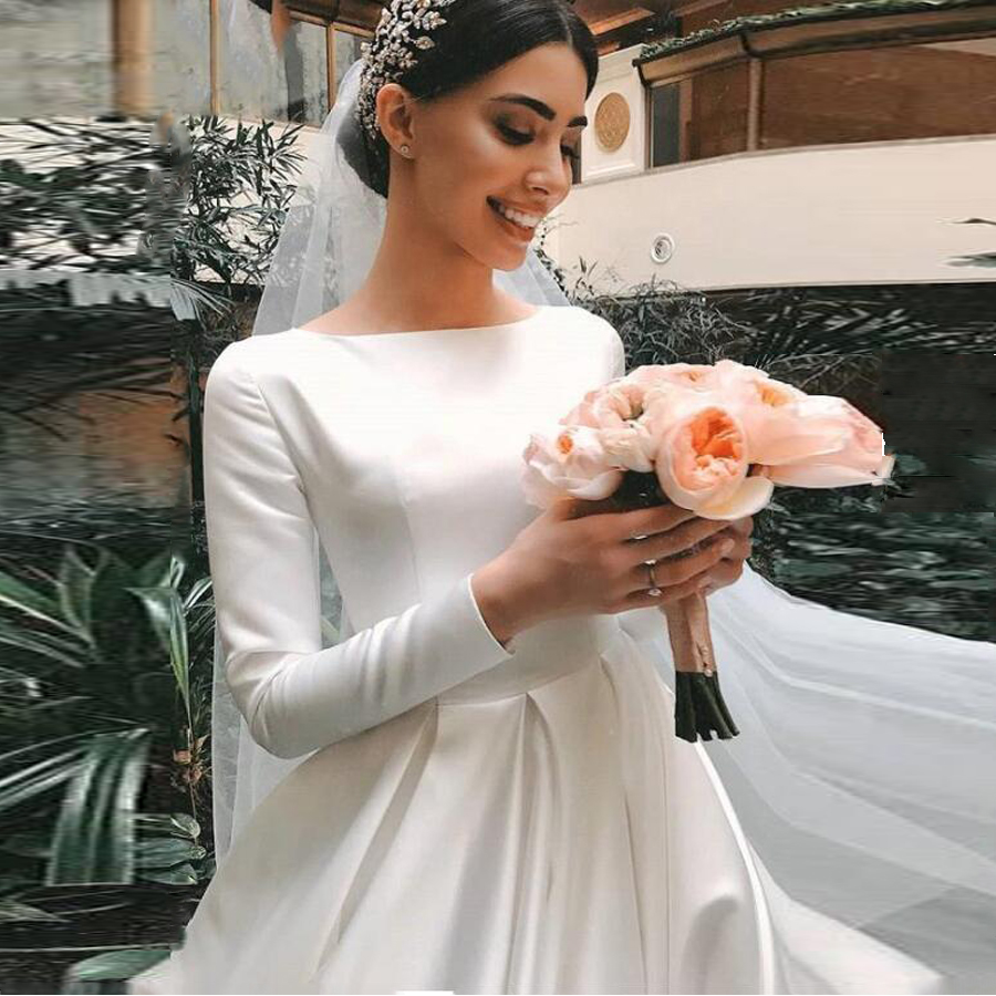 Marvelous Satin O-neck Long Sleeves A-line Wedding Dresses With Zipper Back Court Train Simple Bridal Dress Vestido De Novia