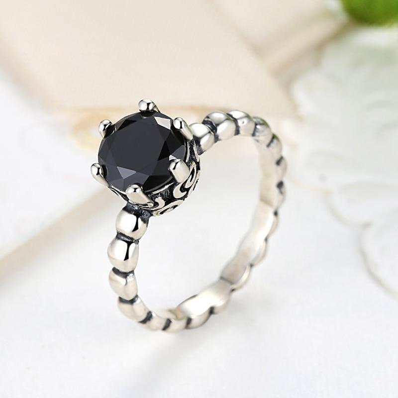 anello pandora pietra nera